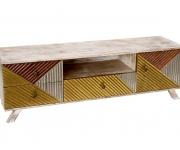 Nová kolekce nábytku Le Patio se inspiruje 60. a 70. léty i industriálním  stylem dbaf7c1c3e